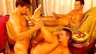 Threeway Arabian Gay Hareem