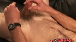 Hairy mascluline worker Jaime jerks off