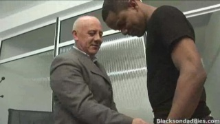 Mature older Daddy fuck with a young black stud