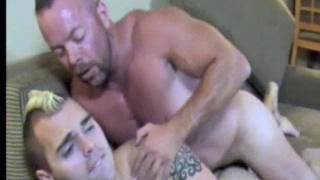 Bodybuilders with skinheads fucking bareback