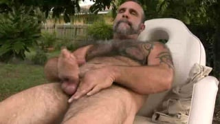Furry Daddy jerks off until he cums