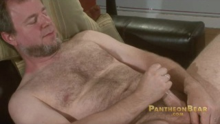 Straight Daddy Bear Jerk Off