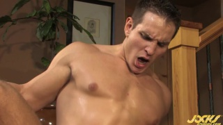 Muscle Boys Screwing