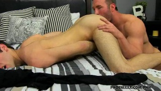 Beefy Muscle Dude Dicking Twink Ass