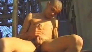 Ebony Hunk's Outdoor Jack Off