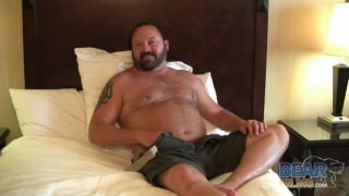 Bearded Daddy with Belly Jacks Off