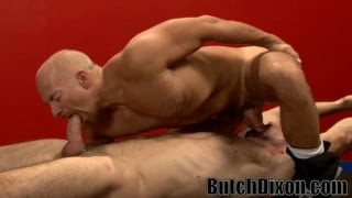 Hot boxer dudes swapping blowjobs