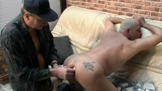 Daddy Plays with a Beefy Ass
