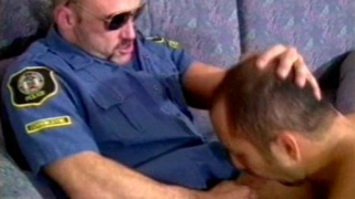 Hot bear cop fucking a tight hairy ass