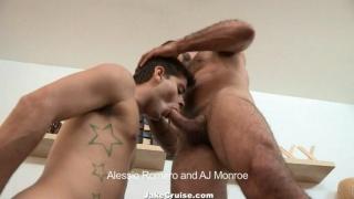 Young Guy Screws Huge Muscle Man