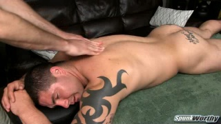 Hunky Straight Guy Gets Massage and Happy Ending