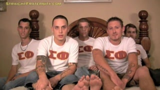 5 dudes jerking on the bed together