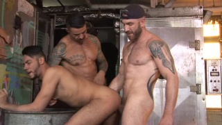 Big-Dicked Tops Spit Roasting Bottom