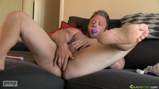 Muscle Hunk Merrill Ass Play Session