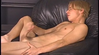 Blond Stud Doing his First JO Movie