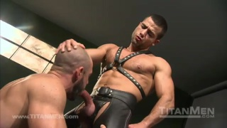 Muscle leathermen in action