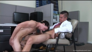 College guys fuck in office