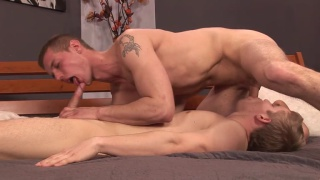 2 lads with very hard dicks blowing each other
