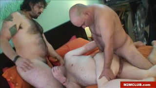 chubby bottom gets spit roast fucked