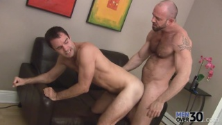 beefy hunk matt stevens gives cameron kincade what he wants