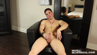 montreal stripper jerking his small dick