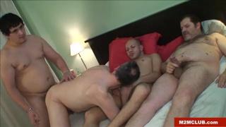 4 spanish chubs sucking and fucking