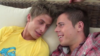 Jack Harrer and Phillipe Gaudin fucking without condoms