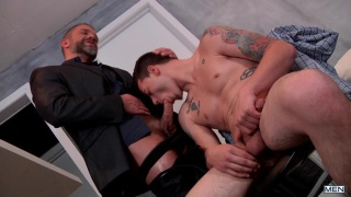 Dirk Caber Fucks Trevor Spade in bedroom