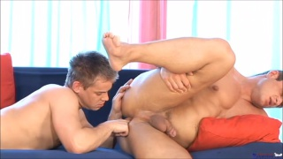 beefy blond hunk gets his hole fingered