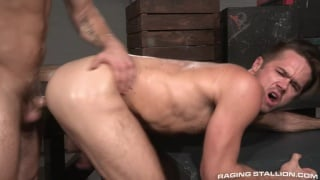 Shawn Wolfe fucks Mike De Marko's furry ass