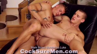euro hunk mark fucks bottom luke's ass