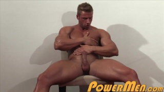 blond muscle man griffin kane