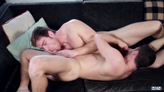 ginger top Connor Maguire fucks Colt Rivers