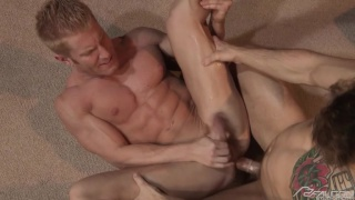 Sebastian Kross fucks Johnny V