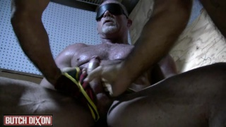 hairy muscle daddy blindfolded and played with