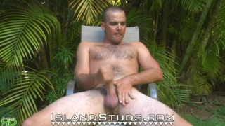 Hunky married man jacking his big dick in the sun