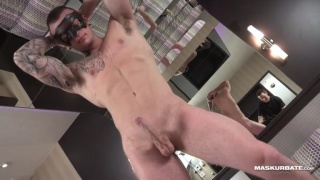 ripped hunk derrick beating off