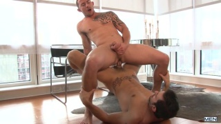 Phenix Saint fucks Richard Pierce