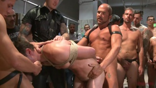 Cameron Kincade get gang banged in public toilet