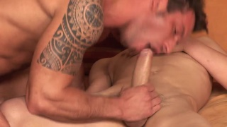 hunk with long cock gets his ass bare fucked