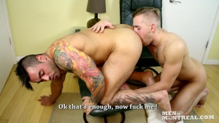 sexy stud sits backs and gets serviced