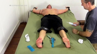 tattooed hunk tobias gets his feet worshiped