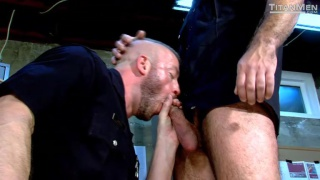 dirty cops flip flop fucking in locker room