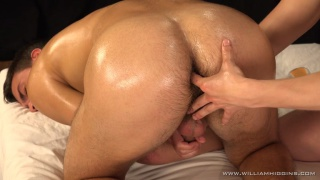 jirka gets his hole and cock massaged