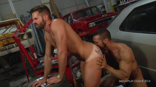 Denis Vega and Dani Robles fucking in mechanics garage
