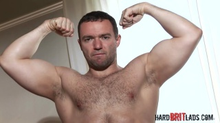 power lifter gets naked and jacks his dick