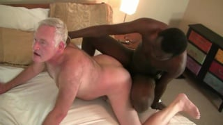 black dude loves fucking this daddy