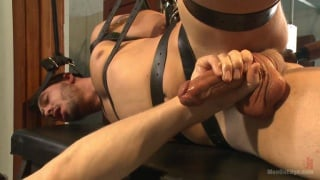 horny cruiser gets tied up in the public restroom