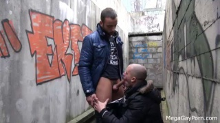 dirty outdoor sex with a stranger