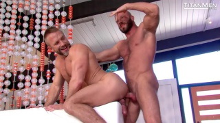 Hunter Marx fucks Dirk Caber right out of the shower